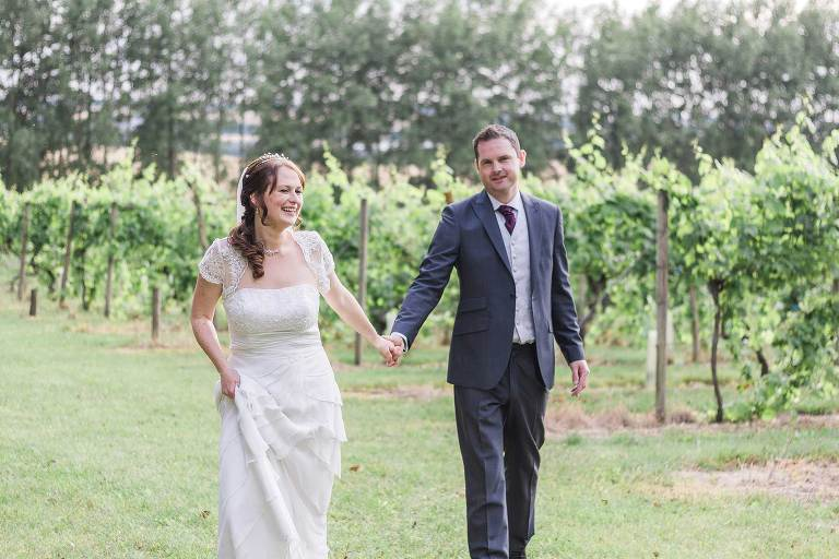 """exclusive vinyard wedding photographer"""